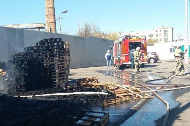 В Симферополе произошел пожар на рынке «Привоз»