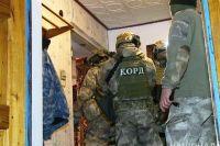 В Шаргороде мужчина устроил стрельбу во дворе дома: ранены 4 полицейских