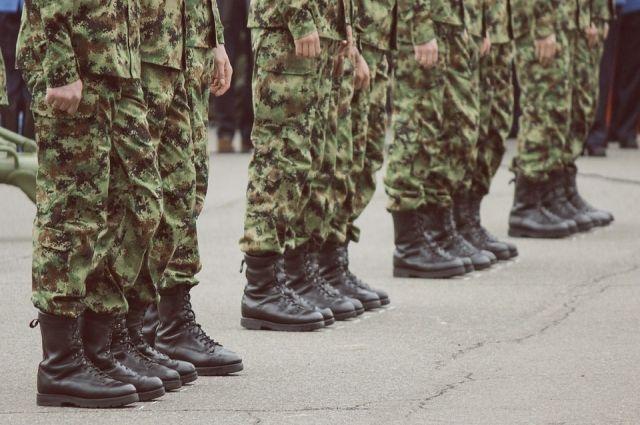Весной из территорий региона планируют призвать две тысячи новобранцев. Большинство из них отправят служить в сухопутные войска.