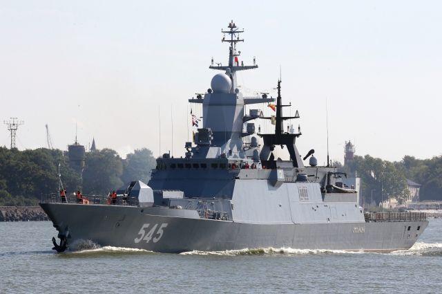 Три корвета Балтийского флота отразили условное воздушное нападение