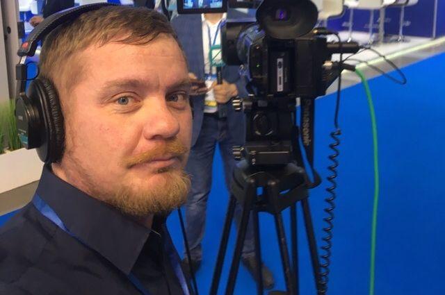 Владимир работал телеоператором на ГТРК, «Уралинформ-ТВ», РБК.