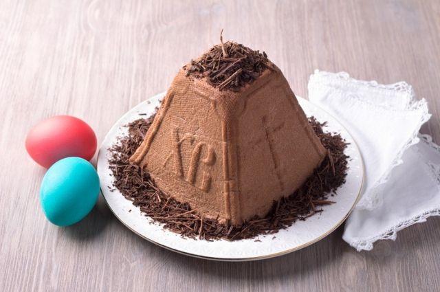 Без выпечки и яиц: рецепт шоколадной творожной пасхи