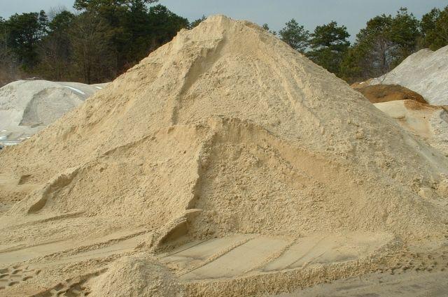 СБУ подозревают фермера в незаконной добыче песка на 65 миллионов гривен