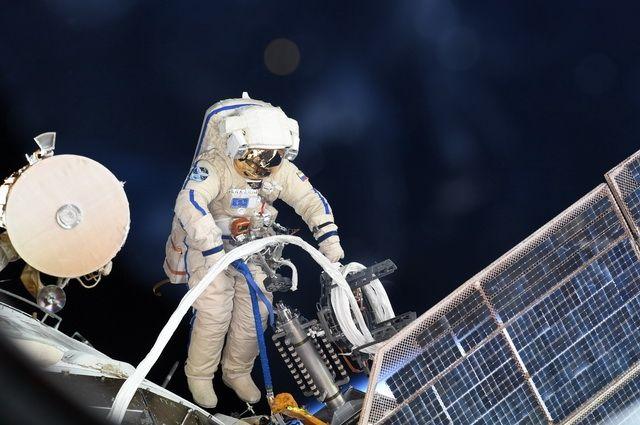 Космонавты выходят в открытый космос в темноте, чтобы не впасть в ступор.