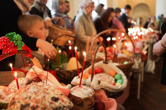 Пасха: пребывание людей в храме на богослужениях будет считаться нарушением