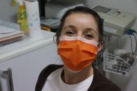В список вошли 42 предприятия, которые в сутки производят порядка 20 тысяч защитных масок.