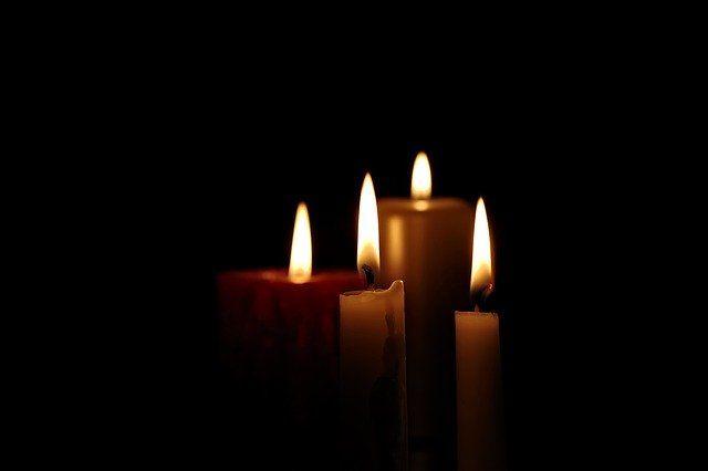 Александр Моор выразил свои соболезнования семье погибшей от коронавируса