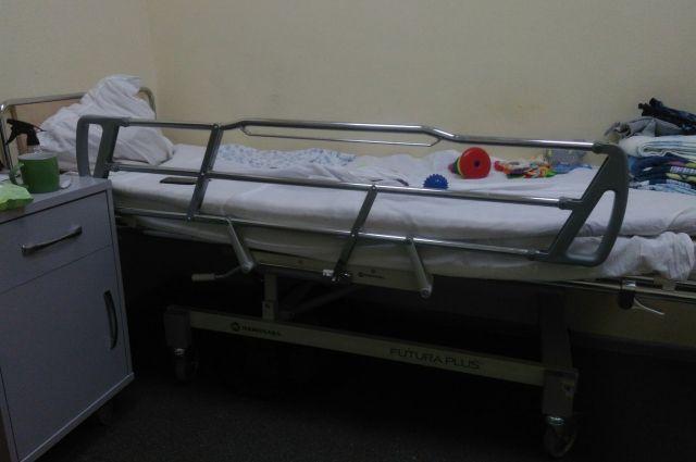 В Бузулукском районе двухлетний ребенок глотнул растворитель.