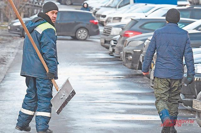 Улицы Иркутска убирают круглосуточно