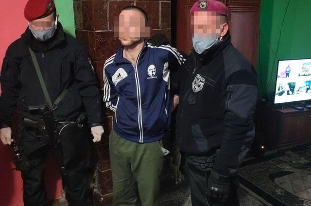 В Закарпатской области мужчина принуждал к проституции несовершеннолетних