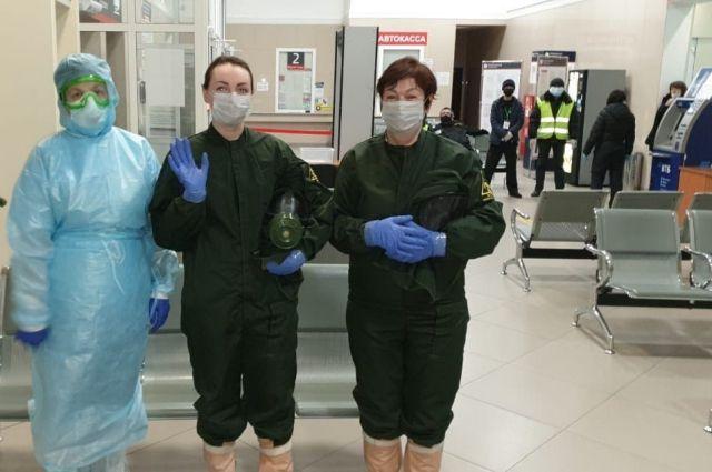 В Оренбургской области начато тестирование на коронавирус приезжающих в аэропорту и на вокзале.