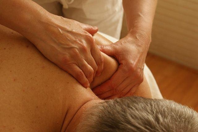 Безработной тюменке в ЦЗН предложили вакансию в салоне эротического массажа