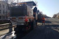 В Оренбурге продолжается ремонт дорог по национальному проекту.