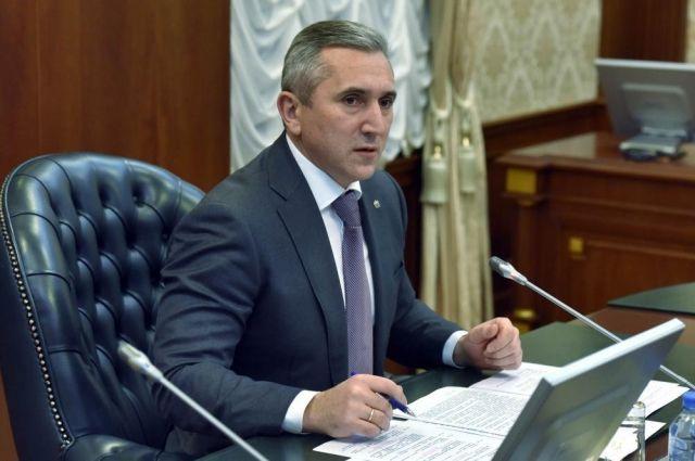 Александр Моор доложил полпреду президента в УФО о ситуации в области