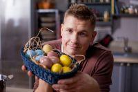 Известный шеф-повар Александр Белькович поделился секретами пасхальных яиц