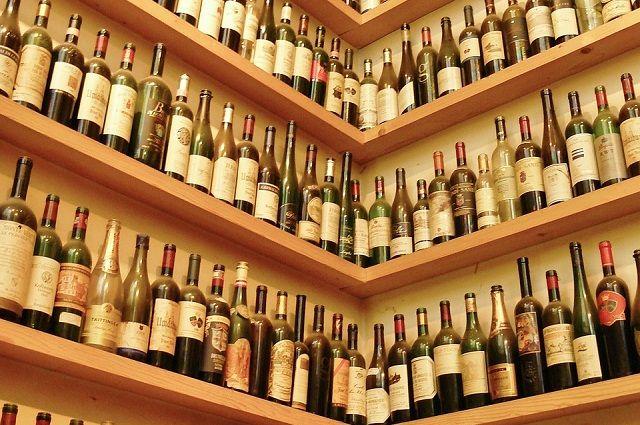 Купить алкоголь можно с 11.00 до 20.00.