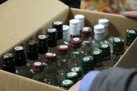 Из незаконного оборота изъято более 40 литров водки.