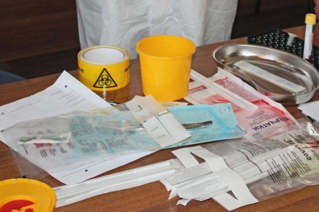 Ранее медработников уже обучали, как брать анализ у пациентов с подозрением на вирус.