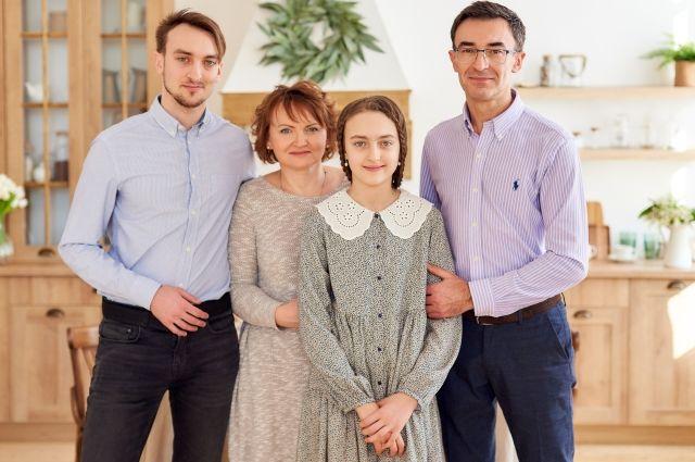 Олег Панюта поделился воспоминаниями о праздновании Пасхи в детстве