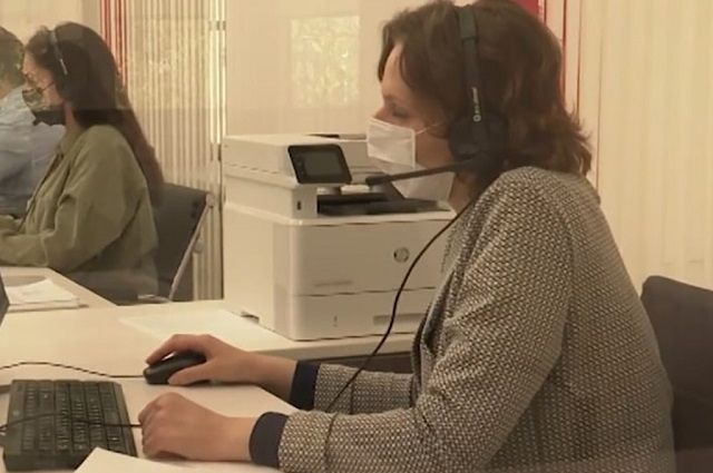 На горячую линию предприниматели звонят непрерывно