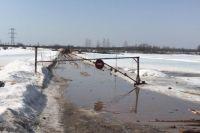 Специалисты ежедневно следили за состоянием льда.