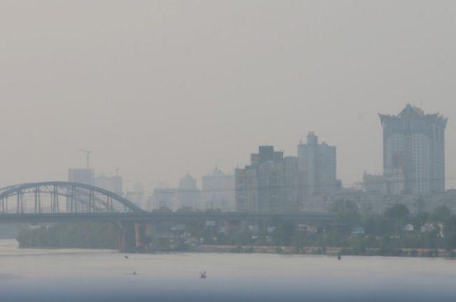 ГСЧС: смог над Киевом не представляет химической и радиологической угрозы