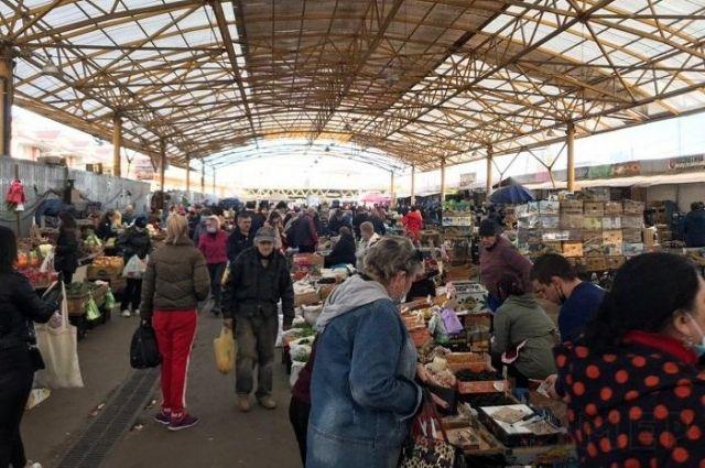«Карантин»: в Одесской области более 20 рынков продолжают работу