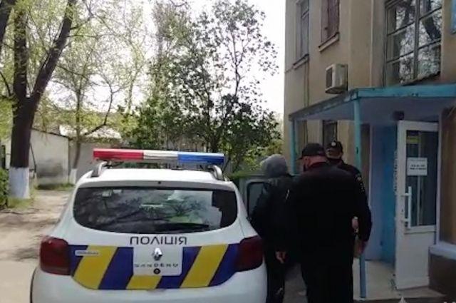 Убил 80-летнего односельчанина тюнером: в Одесской области задержали убийцу