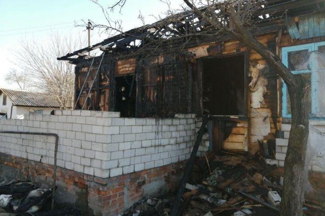 В Черниговской области из-за пожара в жилом доме погибла семья