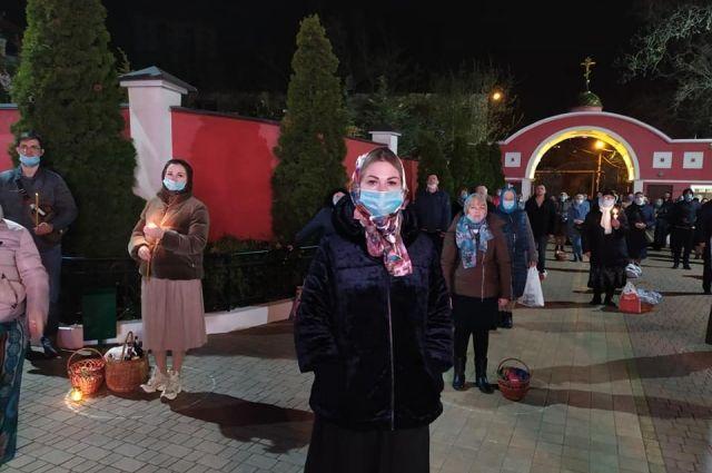 В Украине в пасхальных богослужениях участвовало 130 тысяч граждан, - НПУ