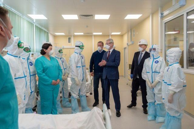 Мэр Москвы Сергей Собянин открыл на территории ТиНАО инфекционную больницу для лечения пациентов с коронавирусом.