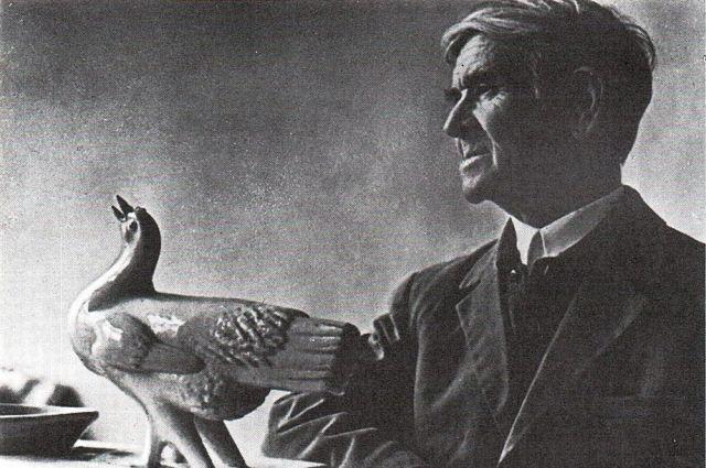 Скульптор Алексей Сотников прославился на всю страну своими работами на военную тематику.