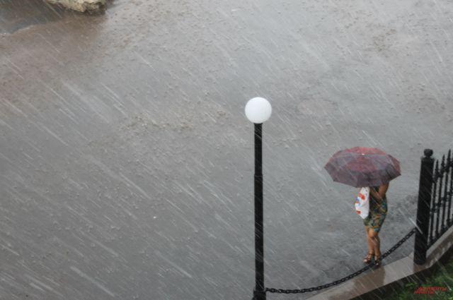 МЧС: в Оренбуржье во вторник будет ветрено и дождливо.
