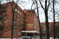 Сейчас в Покровскую больницу привозят только людей с коронавирусной инфекцией и пневмонией.