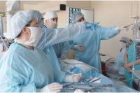 Нейрохирурги областной детской клинической больницы спасли ребенка, получившего сложнейшую травму после ДТП.