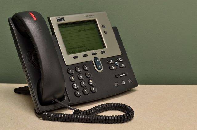 По вопросам задержки зарплаты тюменцы могут звонить на горячую линию