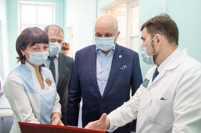 20 апреля президент провел совещание по вопросу о санитарно-эпидемиологической обстановке в стране.