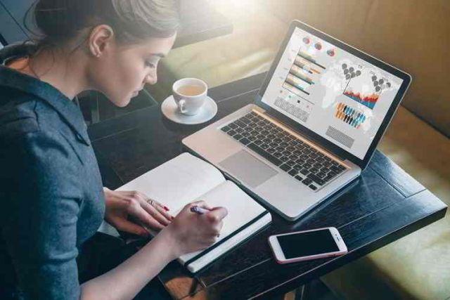 Работа в интернете: как можно стать независимым и обеспеченным | Техника | АиФ Ульяновск