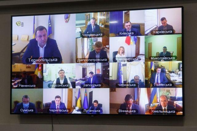В ОПУ разберутся с мэрами Харькова и Одессы, не закрывшими рынки