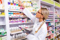 Кабмин будет регулировать цены на некоторые лекарства и продукты: список