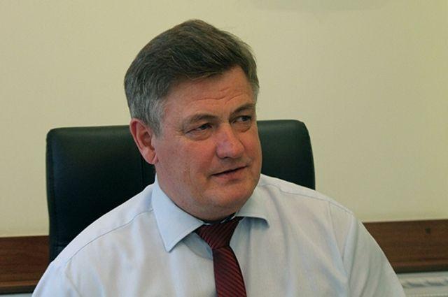 Александр Владимирович Колосов с 2009 года руководит Государственной инспекцией труда в Краснодарском крае.
