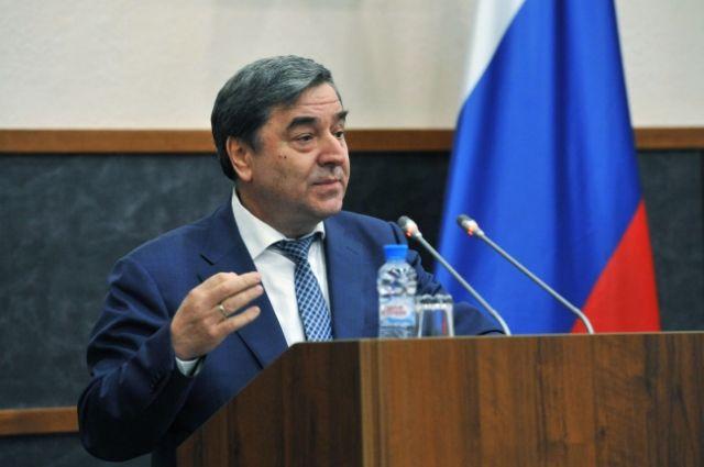 Геннадий Чеботарев прокомментировал поправку к Конституции по медицине