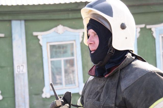 В общей сложности 23 апреля в Кузбассе сгорело более 40 домов.