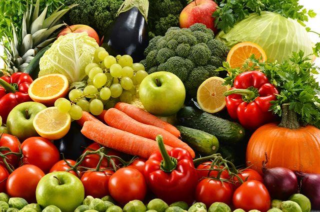 Ранние овощи и фрукты: как уберечься от отравления нитратами