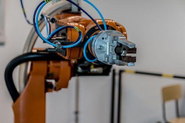 В Тюмени проведут первый онлайн-чемпионат по робототехнике