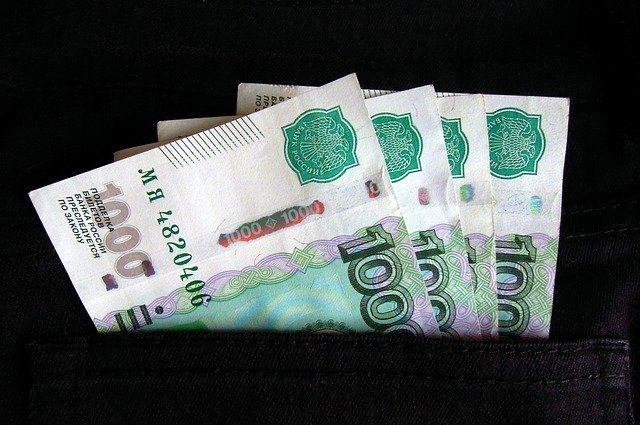 Житель Оренбуржья пытался дать взятку сотруднику полиции