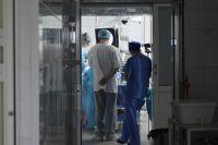 Тесты на COVID-19 взяли у всех сотрудников и пациентов.