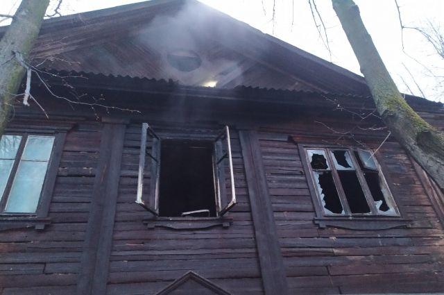 Погибших и пострадавших на пожаре нет.