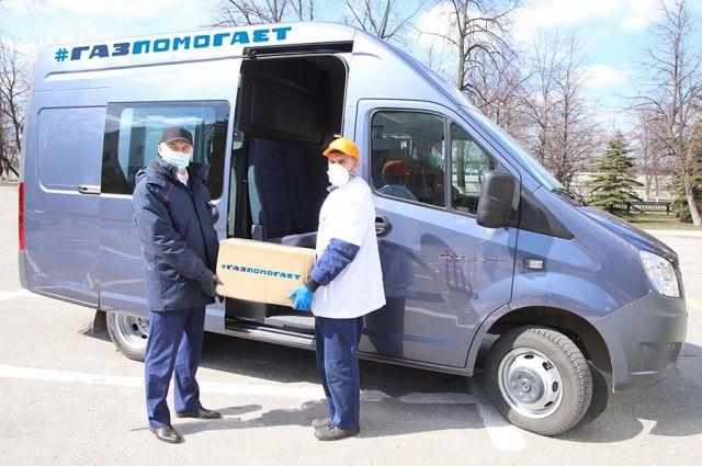 По инициативе рабочих советов волонтёры «Группы ГАЗ» доставили помощь одиноким ветеранам - бывшим работникам предприятия.