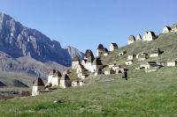 В склепах до сих пор находятся мумифицированные останки жителей селения